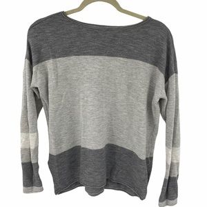 Vince | Gray Colorblock Knit Top | Small